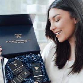 Promo code Lunalis Cosmetics  Angelica FitzGerald  25% off